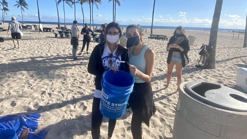 Zoe Haugen & Hannah Colson at an Emerge Broward Beach Clean-up Event